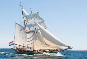 Tall Ship Avatar under sail
